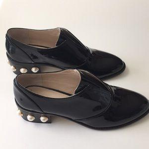 Louise et Cie Fabulous patent leather shoes.